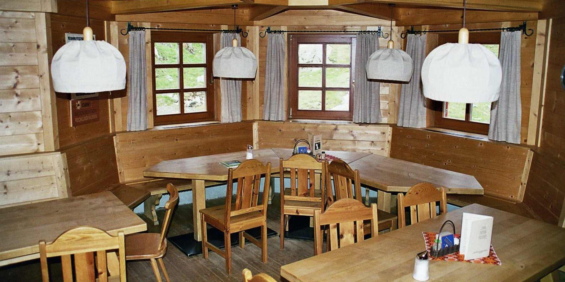 Elberfelder Hütte Gastraum Ausstattung