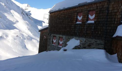 Artikelbild zu Artikel November 2019: Lawine traf die Elberfelder Hütte